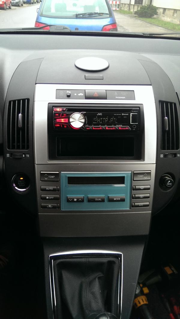 Radio-Wechsel bebildert - Corolla Verso Radio und Navigation ...